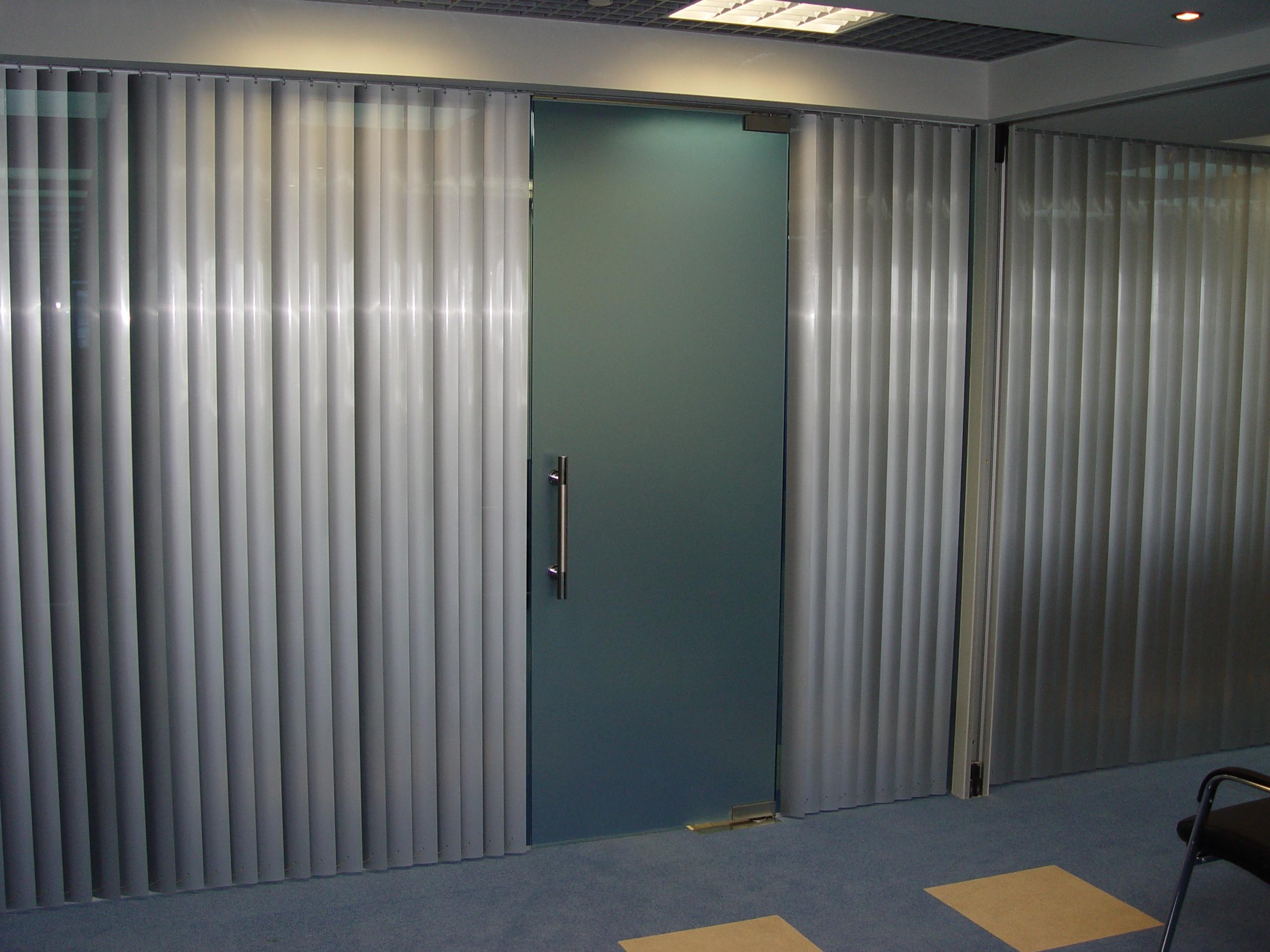 Стеклянные двери СПб - изготовление на заказ по индивидуальным размерам