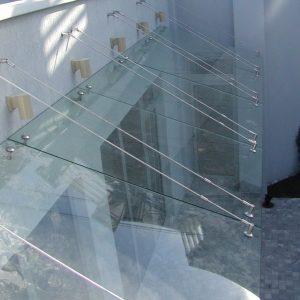 Купить стеклянные козырьки на заказ в Санкт-Петербурге