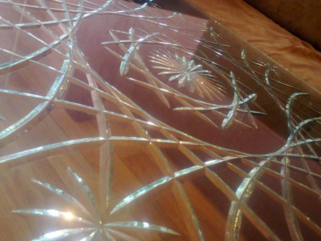 Нанесение алмазной гравировки на стекла в СПб недорого