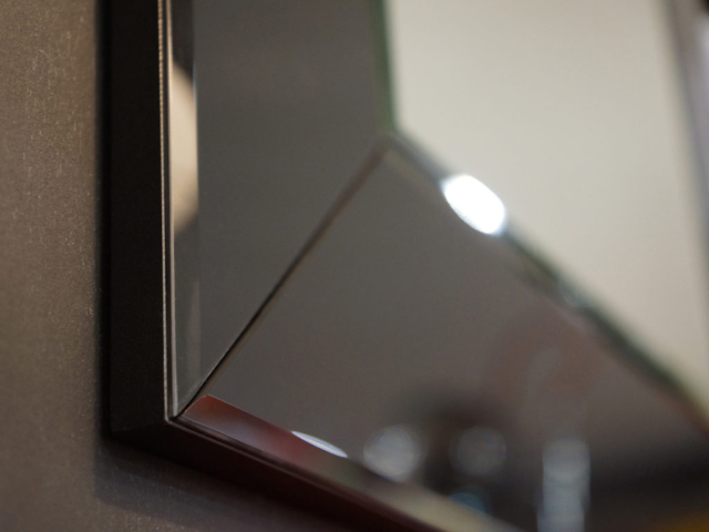 Купить зеркало с фацетом от производителя в СПб