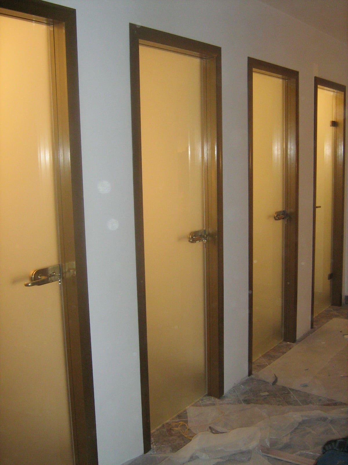 Стеклянная дверь 5