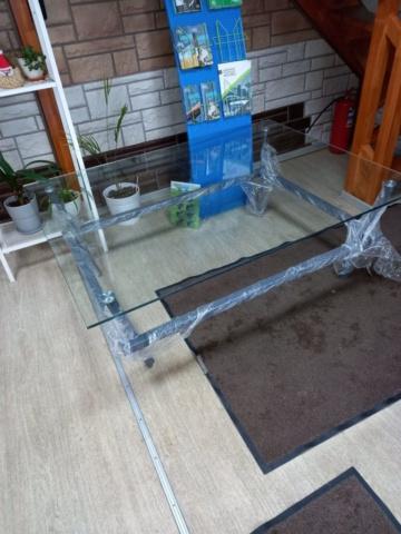 Стеклянный стол 13