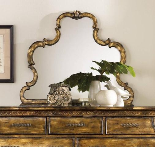 Фигурное зеркало 5