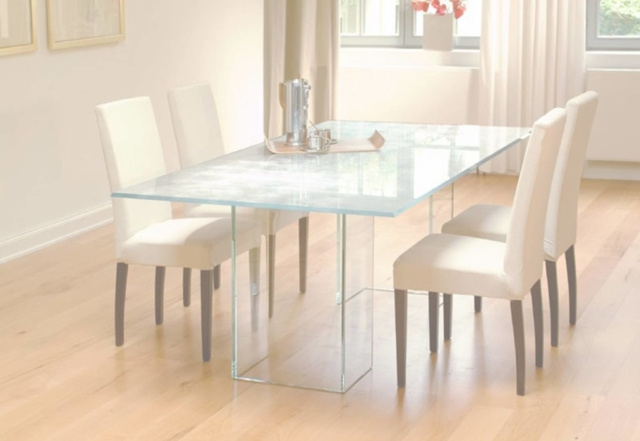 Стеклянный стол 7