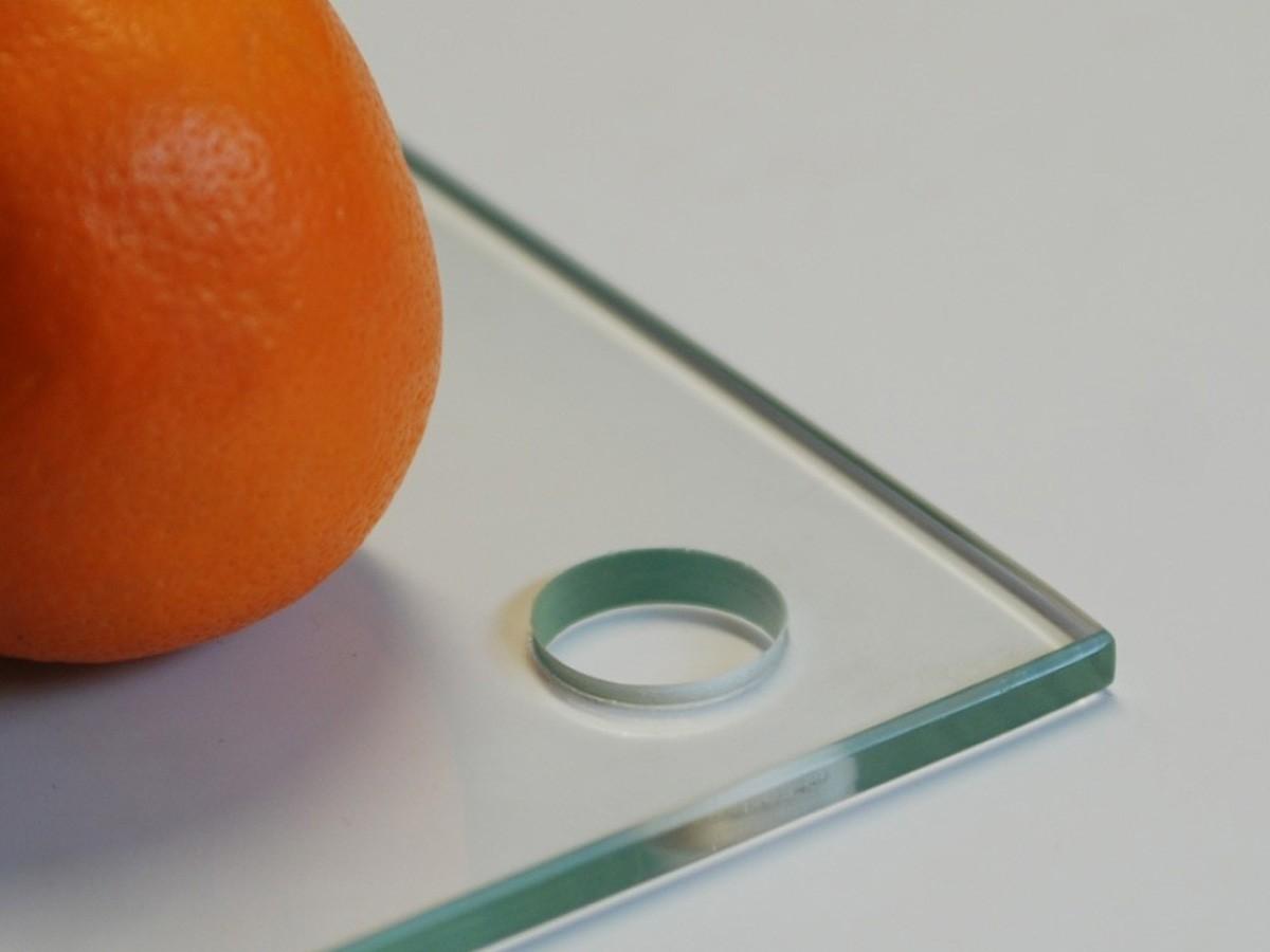Сверление отверстий в стекле 5