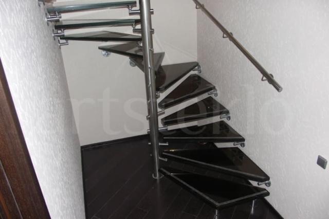 Лестница из стекла 13