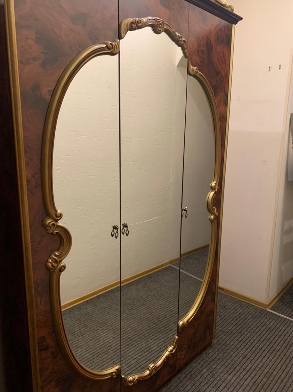 Зеркало 8